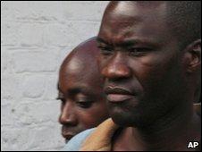 Steven Monjeza en Tiwonge Chimbalanga001