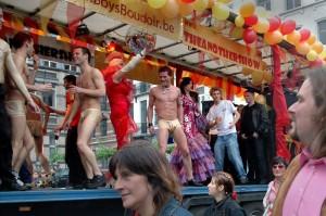 Pride_2006_Boysboudoir.jpg