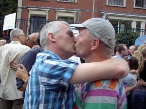 Kiss In_Consulaat_Rusland_IMAG0108.jpg