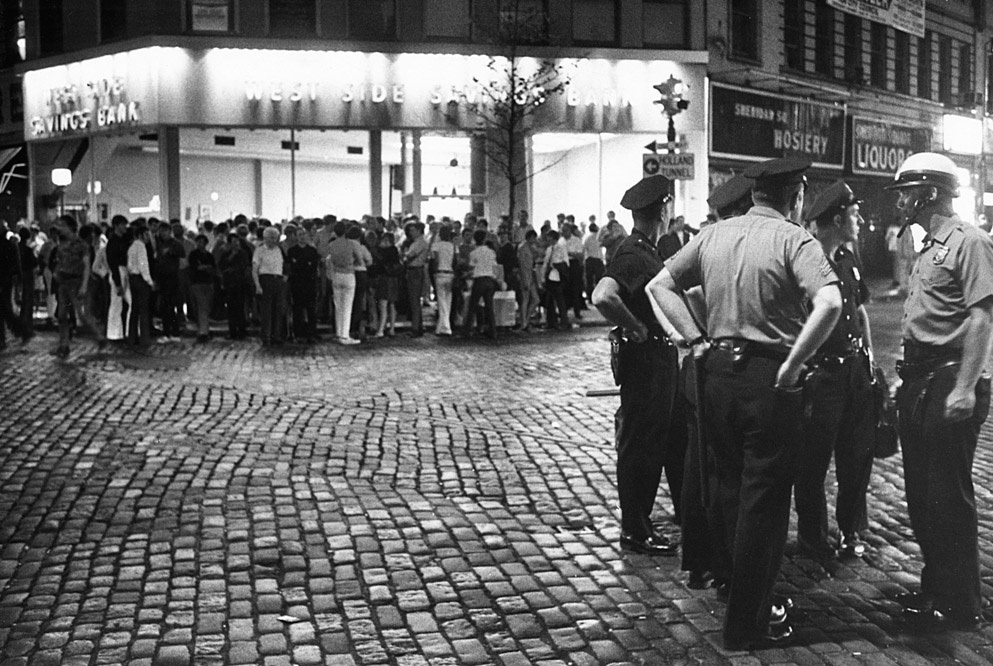 Stonewall_riot_Seventh Avenue and Christopher Street_0001a